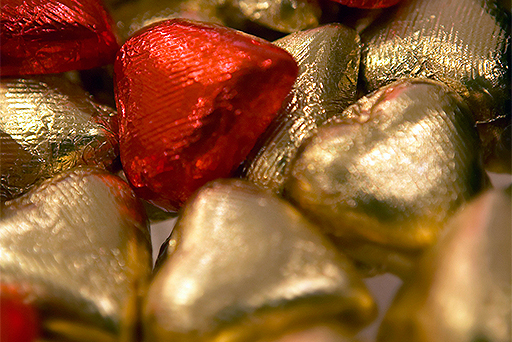 03-chocolate-hearts-valentines-candy-512x342